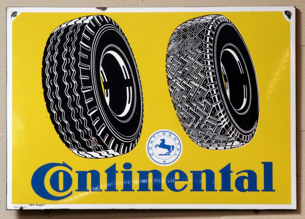 Reklamní tabulka Continental