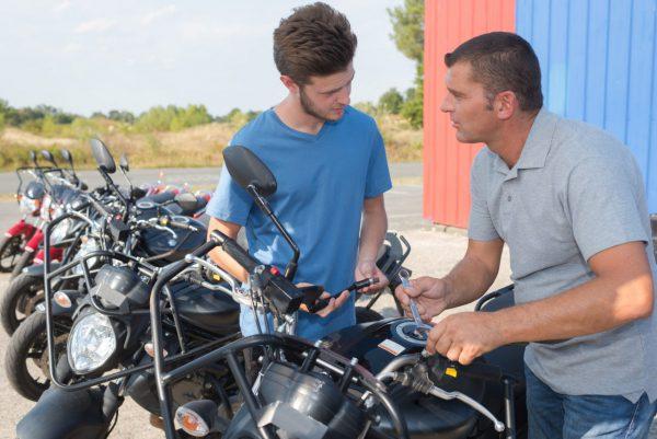 Jak vybírat motorku