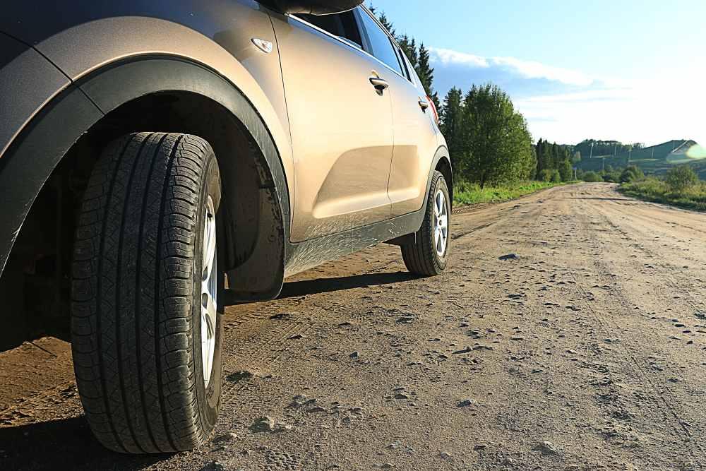 Testování letních pneumatik pro SUV nižší střední třídy 2017