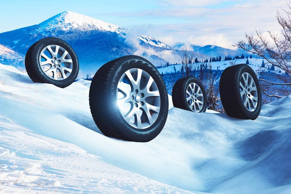 Testování zimních pneumatik na všech površích 2017