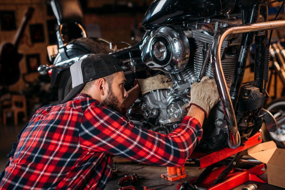 Příprava motorky na STK