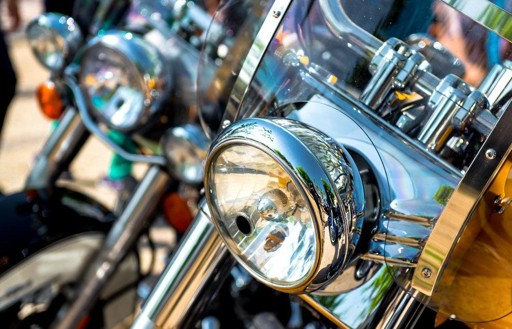 Prídavné svetlá na motocykel