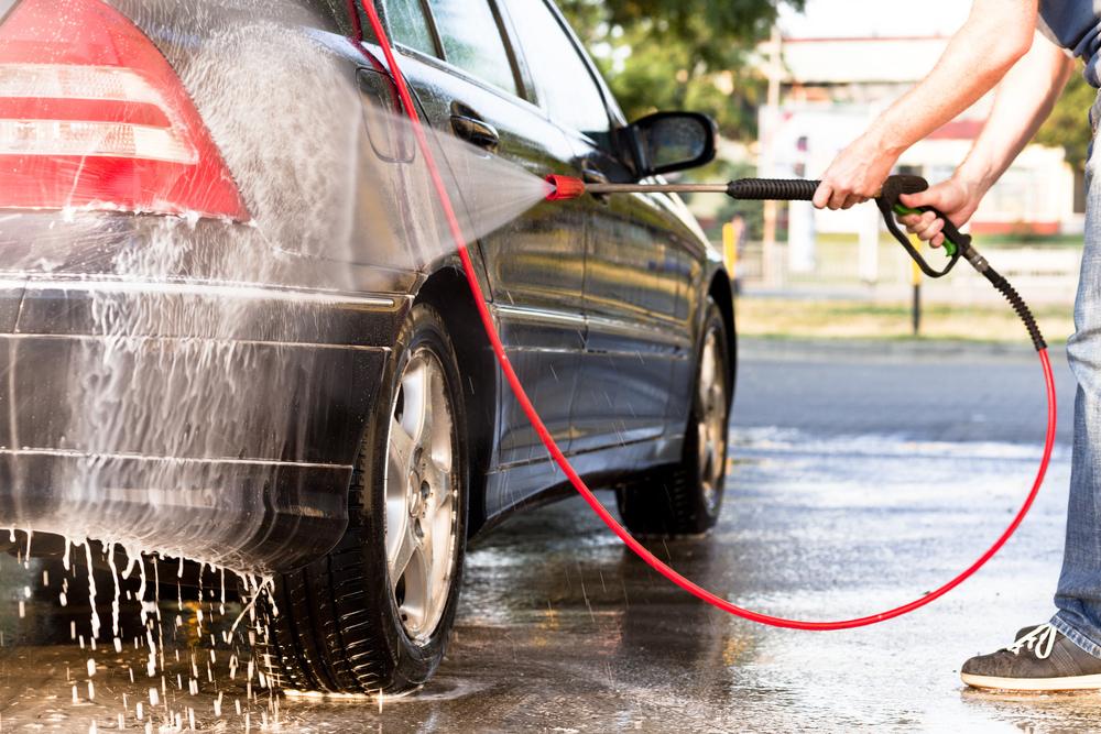 Ako správne ručne umývať auto
