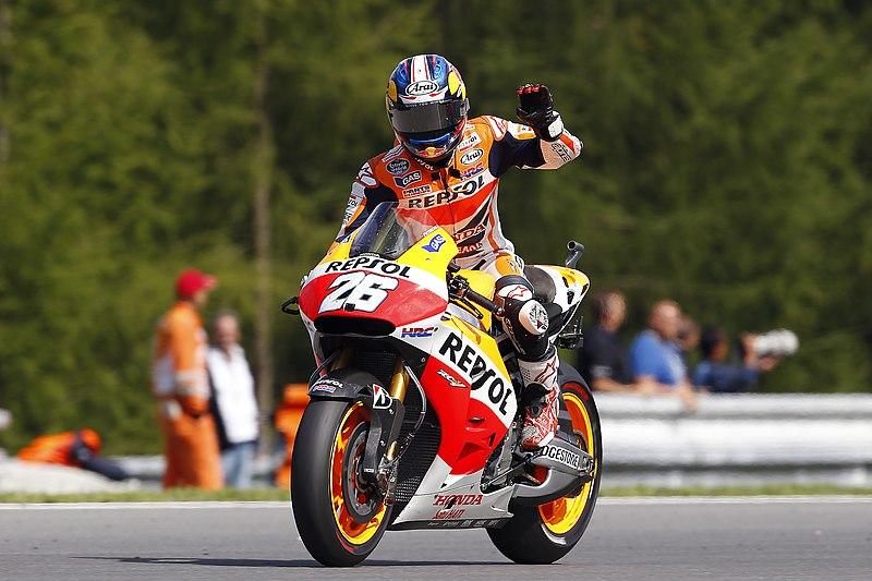 Pretekársky jazdec na motocykli_GP Brno