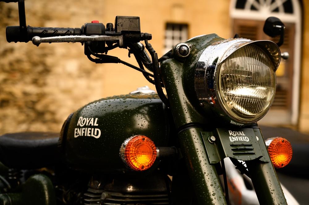 Motocykel značky Royal Enfield