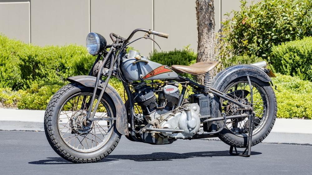 Motocykel Small Tank Crocker 1936